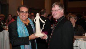 Eine D'Anna für den scheidenden Bischof
