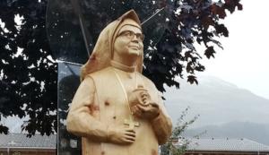 Anna Dengels Geburtsort ehrt Ordensgründerin mit neuer Statue