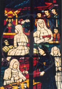 Spuren in der Kirche - das Glasfenster in der Wiener Votivkirche, das Anna Dengel zeigt